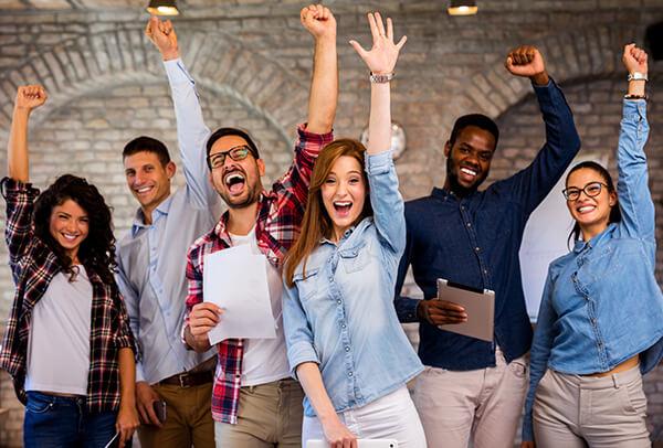 Studenti soddisfatti partecipano alla summer school British School